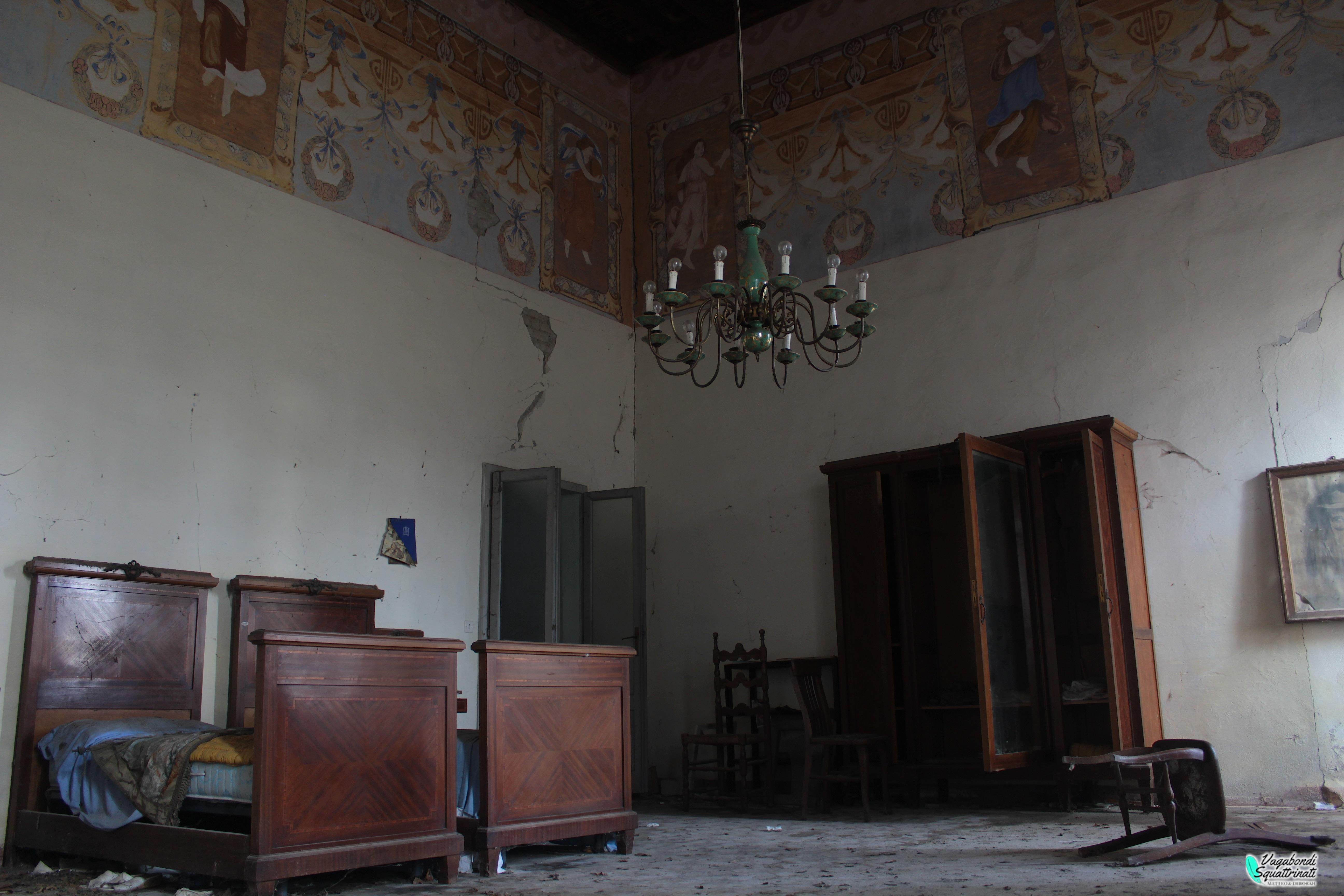 Nobiltà decaduta: esplorazione urbana a Palazzo G.