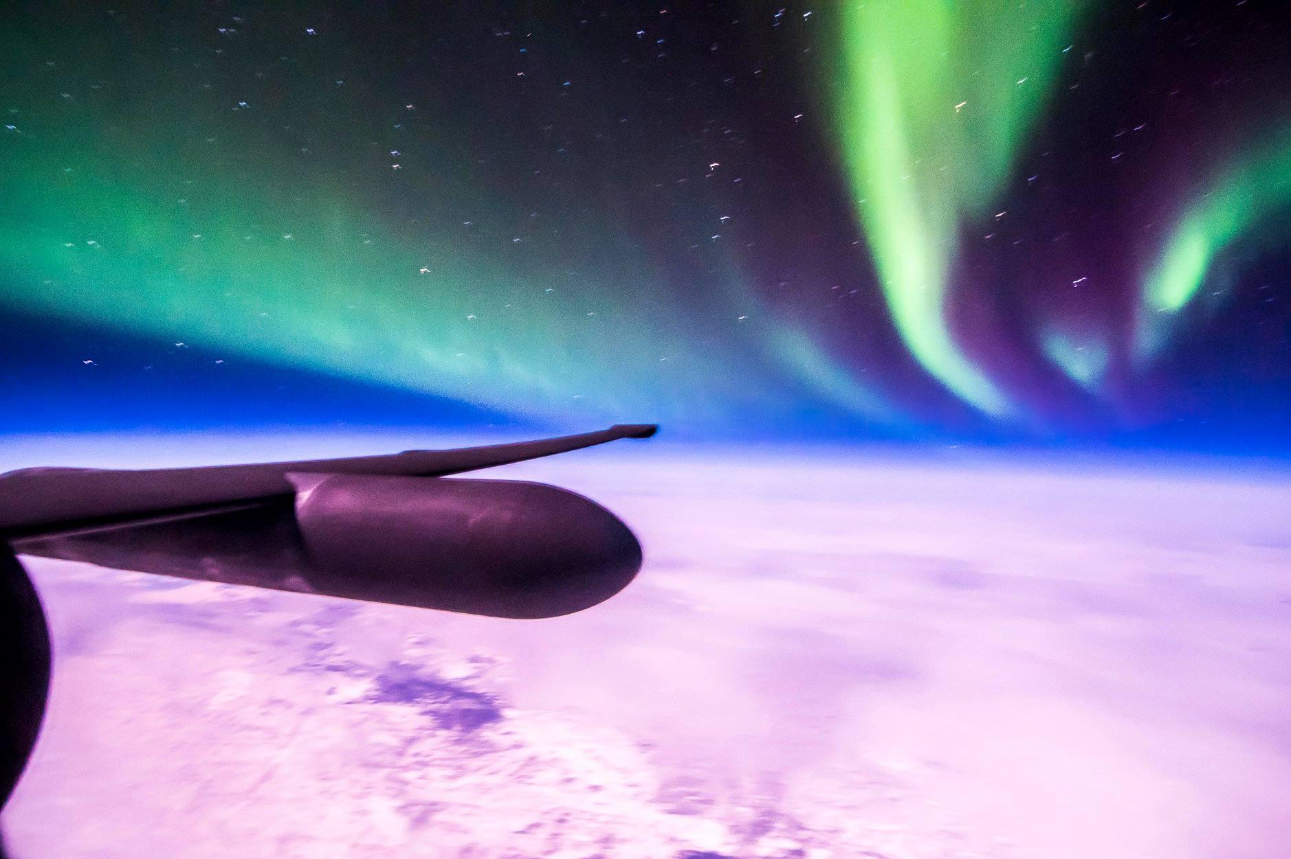 L'aurora boreale vista dagli occhi di un pilota d'aereo
