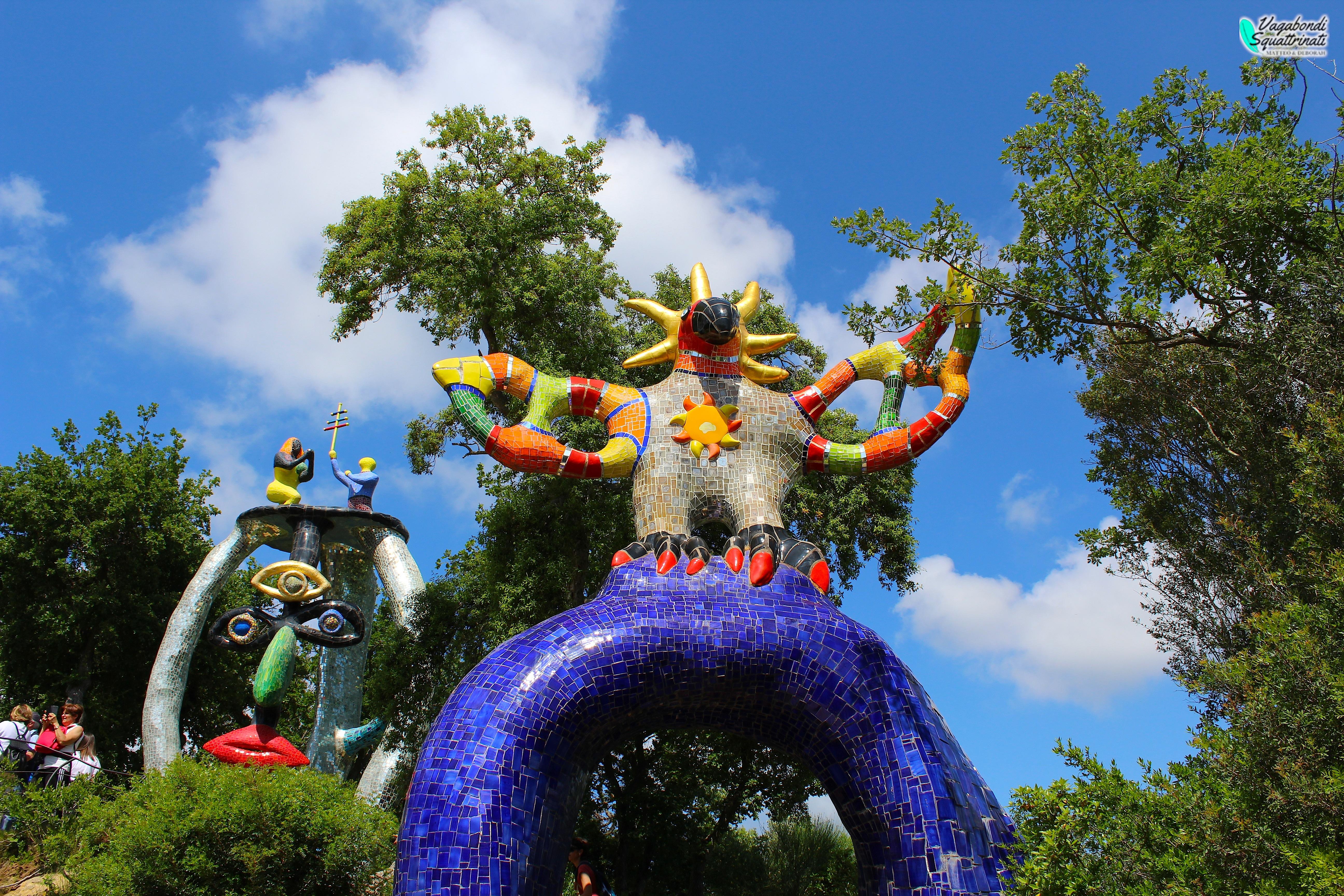 Il giardino dei tarocchi: un colorato angolo esoterico in toscana