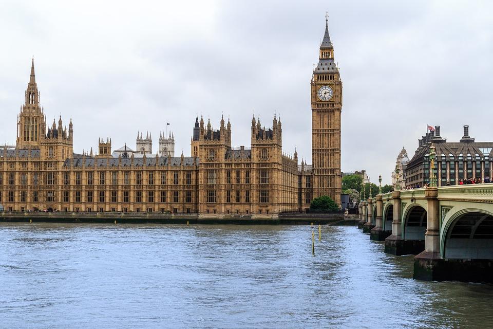 Concorso Mercedes Benz: vinci viaggio a Londra