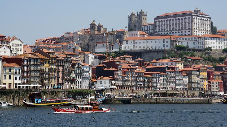 vincere un viaggio a Porto