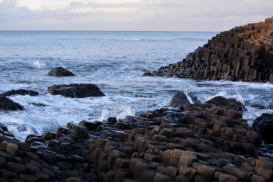 Concorso per vincere un viaggio in Irlanda del Nord gratis ispirato al Trono di spade