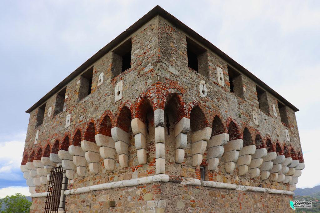 Torrione della Fortezza di Sarzanello