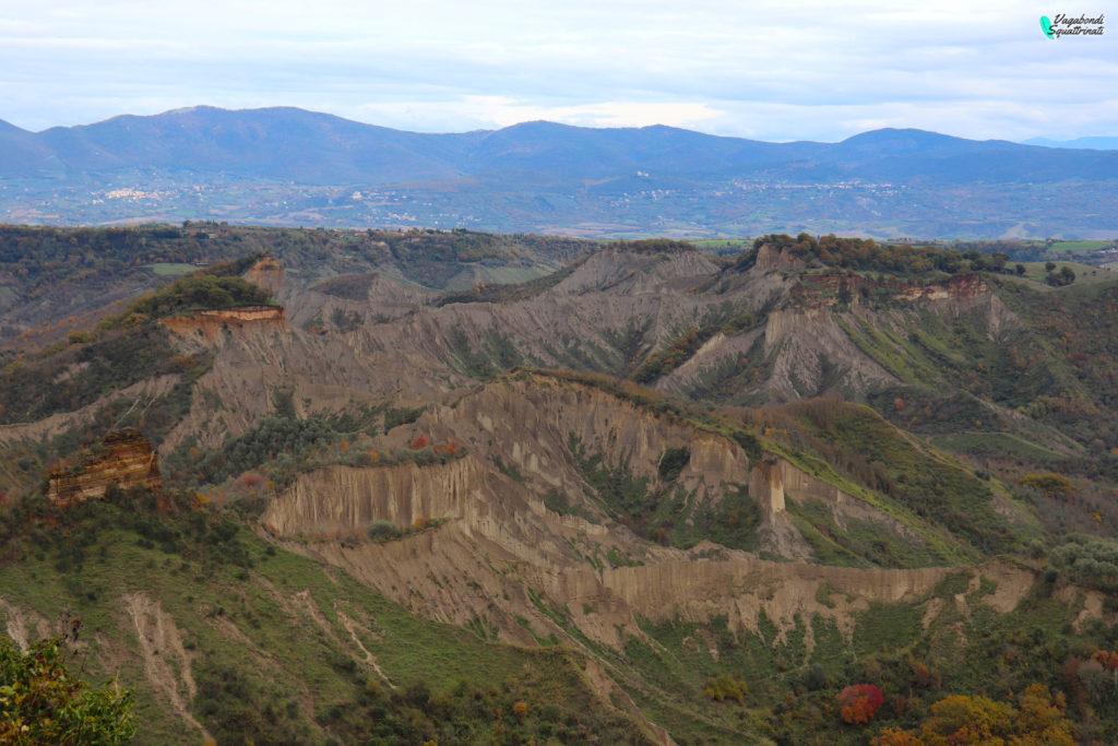 valle dei calanchi civita