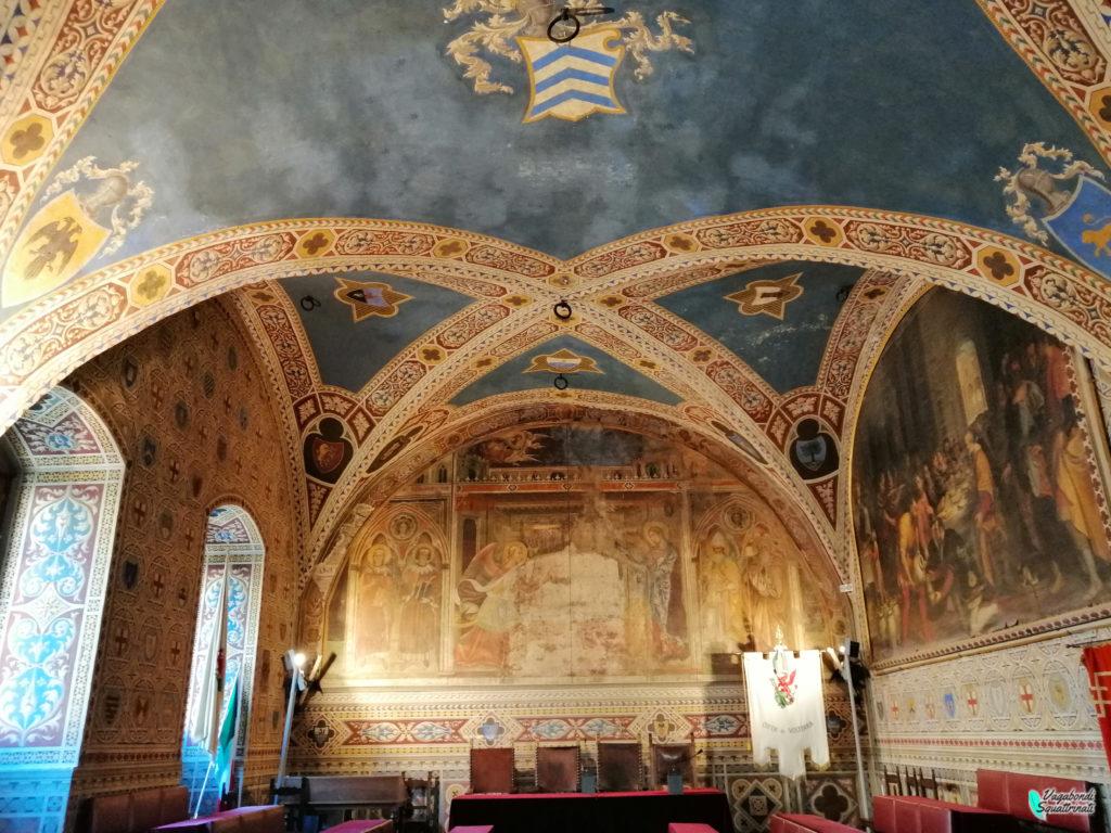 un giorno a Volterra sala del consiglio