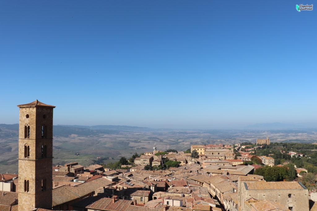 un giorno a Volterra vista dalla torre del palazzo dei priori
