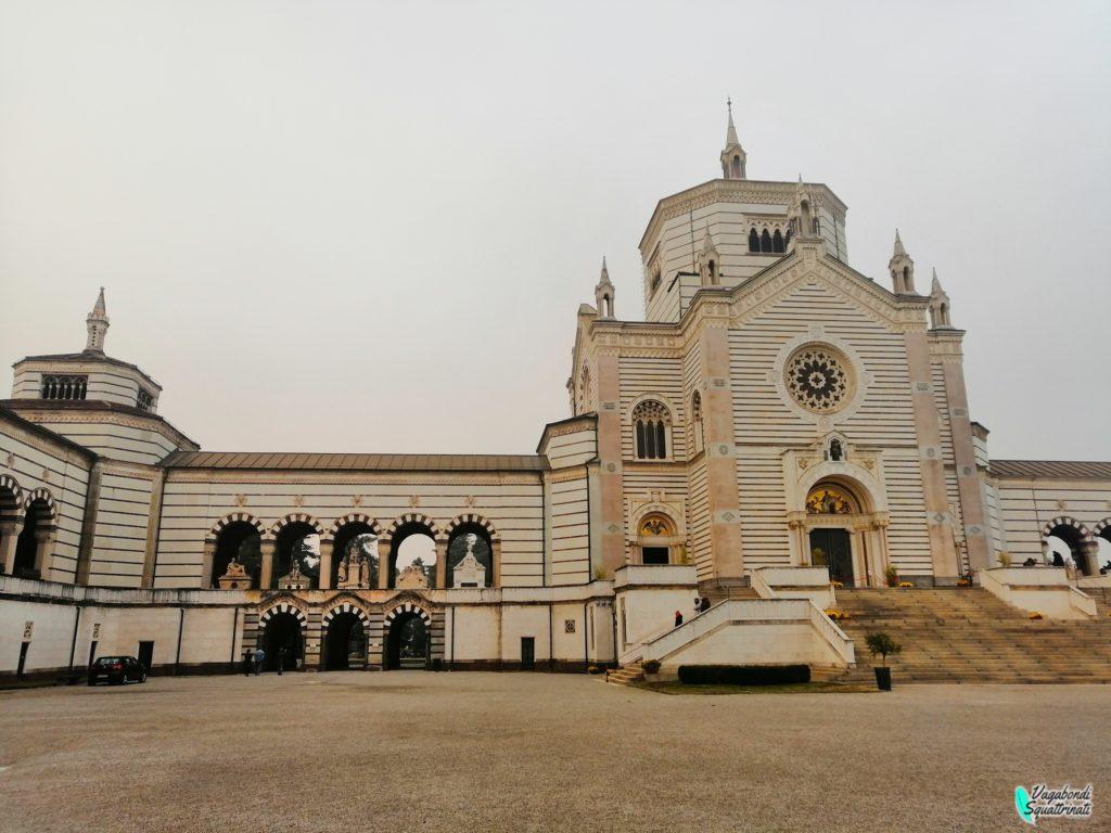 ingresso cimitero monumentale di milano