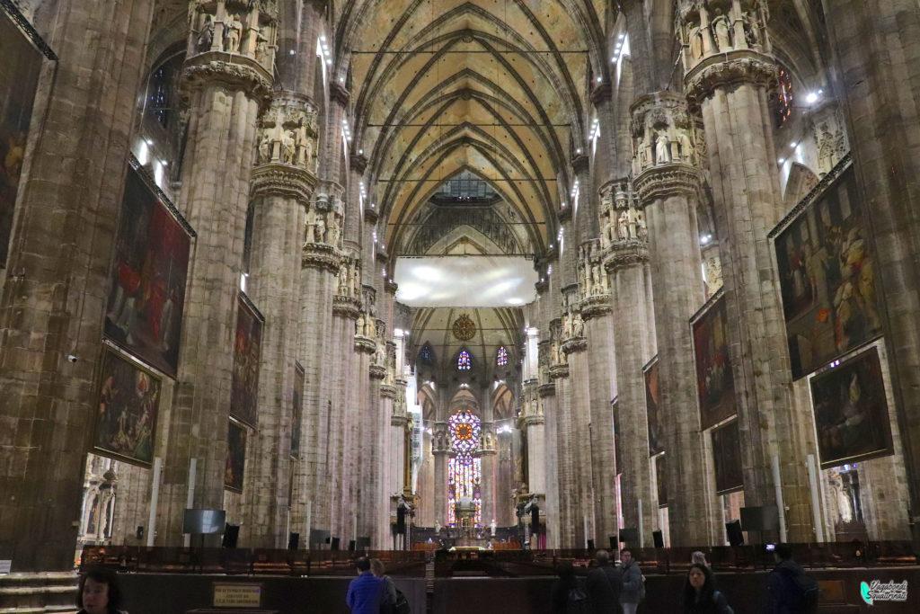 Un giorno a Milano d'autunno: interno del duomo