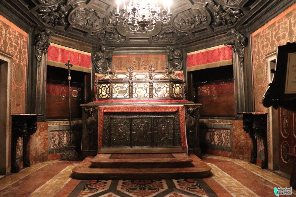 scurolo di san carlo cripta duomo di milano