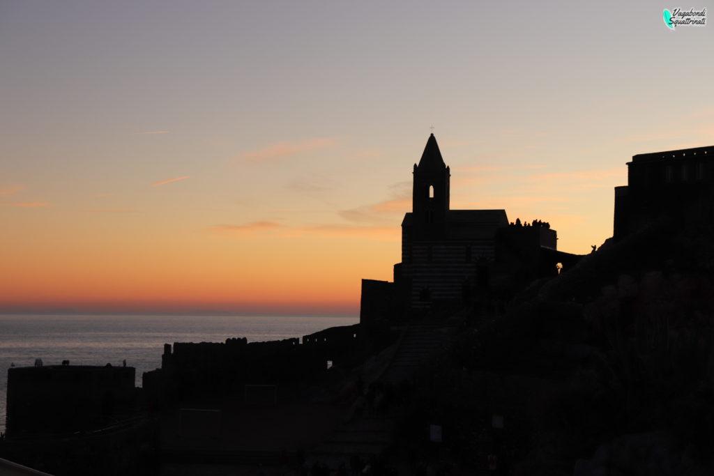 chiesa di san Pietro al tramonto portovenere