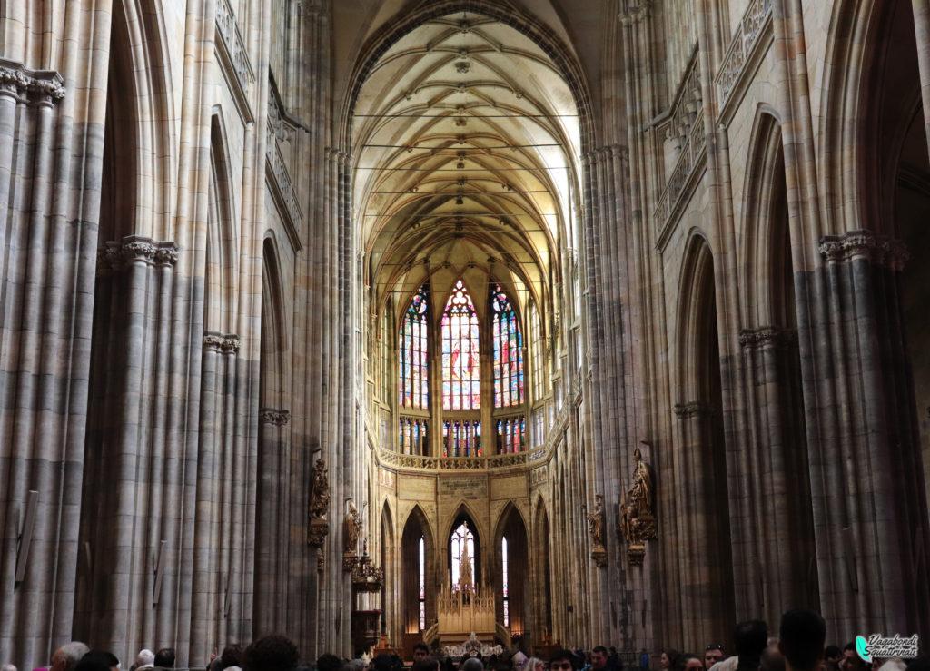 interno cattedrale di san vito