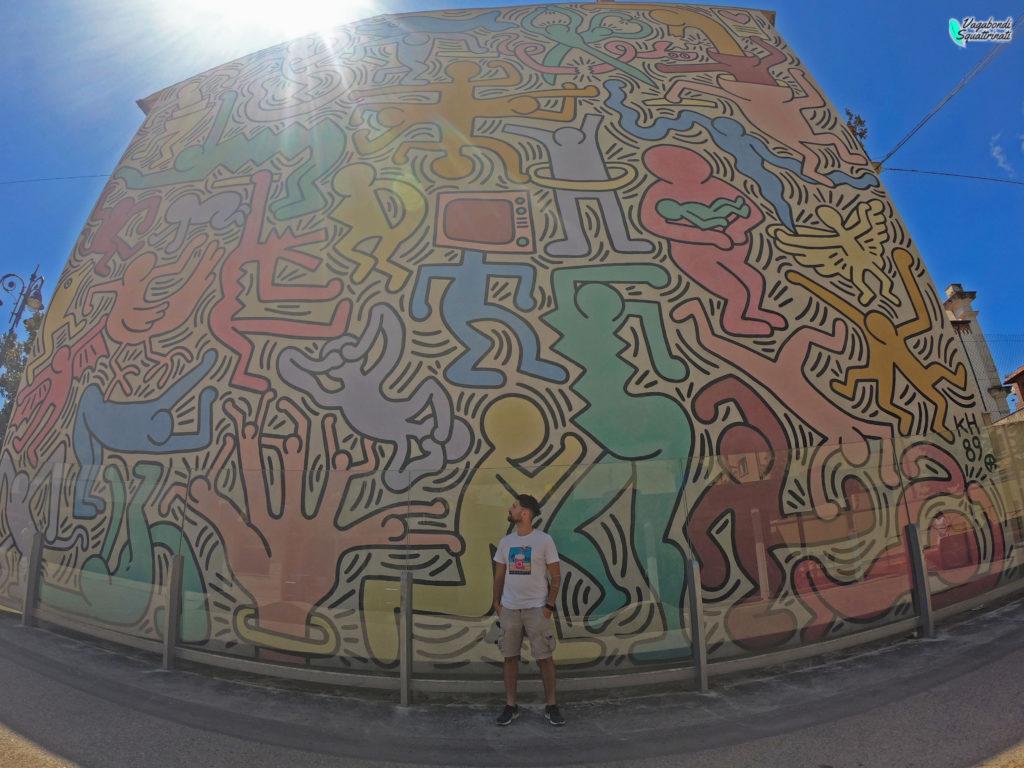 tuttotondo murales Keith haring Pisa