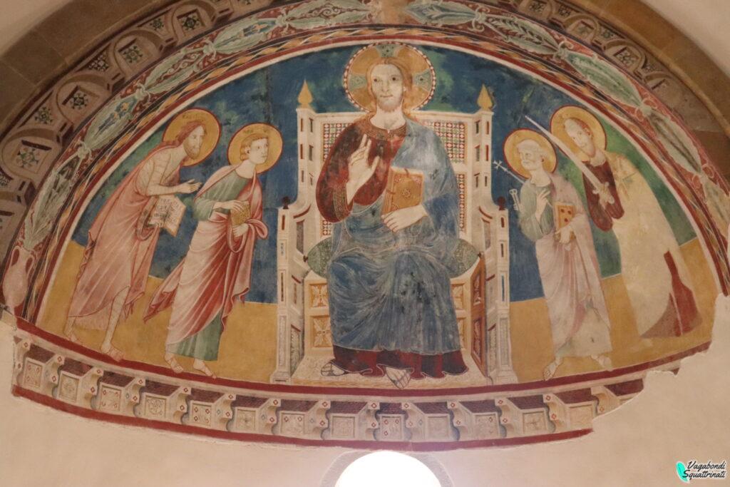 Affreschi all'interno dell'Abbazia di San Giovanni in Venere