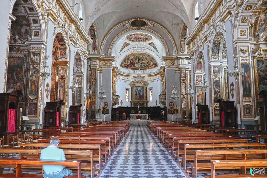 interno chiesa san venanzio fabriano