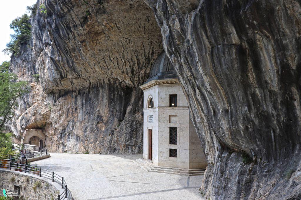 Tempio del Valadier: meraviglia nella roccia